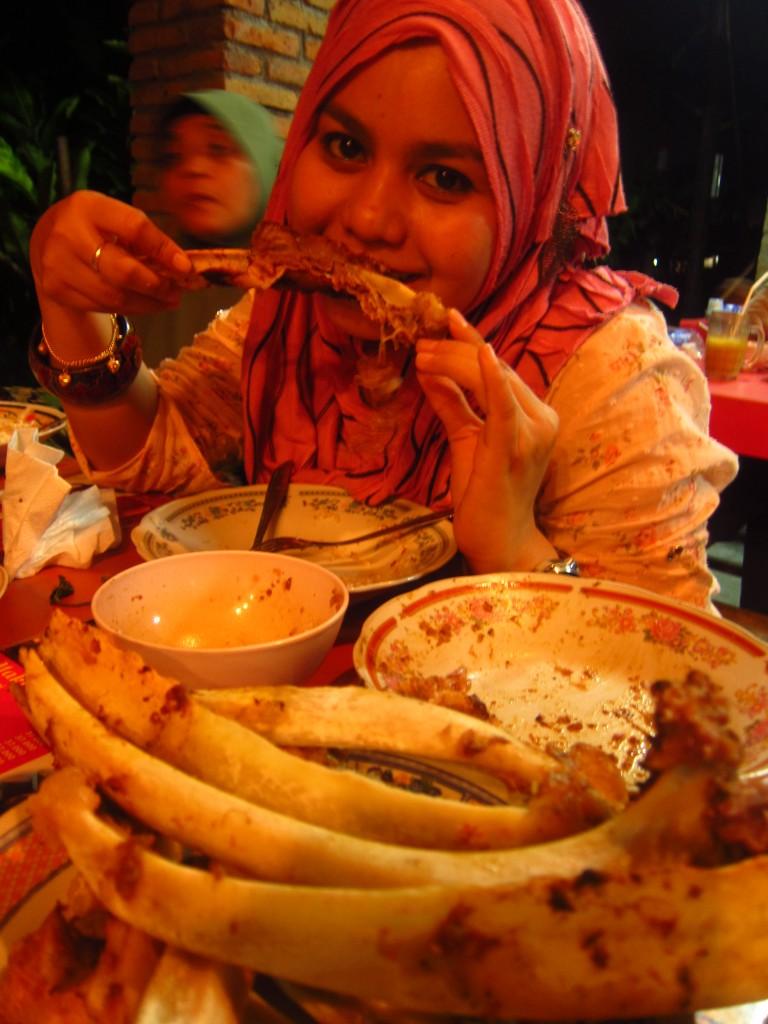 makanan-halal-mas-1