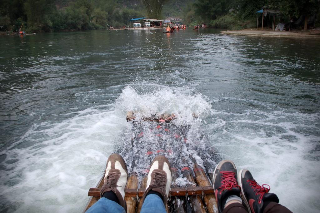bamboo-rafting-yangshuo-14