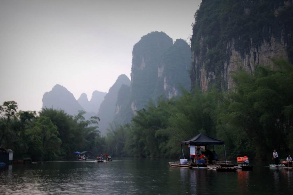bamboo-rafting-yangshuo-17