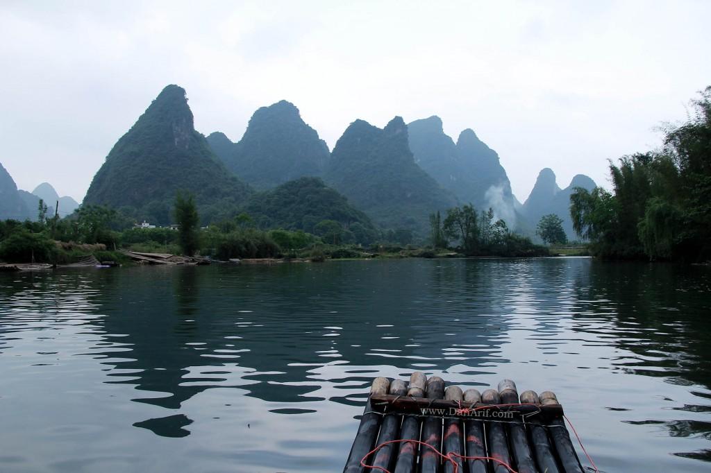 bamboo-rafting-yangshuo-3