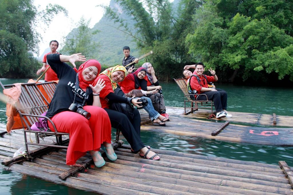 bamboo-rafting-yangshuo-9